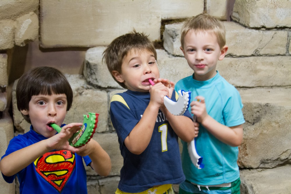 Pre-schoolers from the Pitt Center toot their shofarot