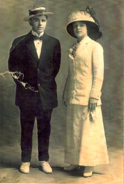 Fannie and Morris Abrams; postcard dated 1905
