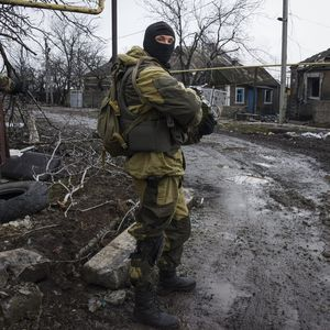 Mstyslav Chernov:  Russia-backed rebels take positions last week on the outskirts of Donetsk, eastern Ukraine. More than a million Internally Displaced Persons (IDPs) that have escaped eastern Ukraine according to UNHCR refugee agency. (AP Photo/Mstyslav Chernov)